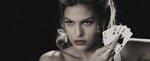 Sexede Eva Mendes som Sand Seref