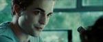 Den charmerende steg Edward Cullen (spillet af Igor-klonen Robert Pattinson)