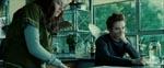 Edward udtrykker næsten ligeså meget afsky for Bella som seerne gør for filmens romantik