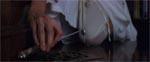 Claire finder en nøgle i én af udluftningskanalerne - har den mon noget med mysteriet at gøre?