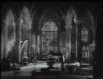 Inde i Legendres gotiske borg.