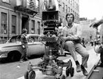 Panavision fik kameraet ud af studierne. Her brugt on location af William Friedkin til 'The Exorcist' (1973).