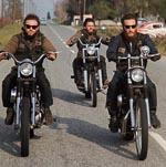 Medlemmer af Hells Angels på tur i 1960'erne. Nu var vesten blevet integreret. Foto: NY Daily News.