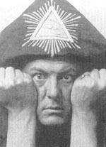 Den berømte og berygtede satanist (med mere) Aleister Crowley (1875-1947)
