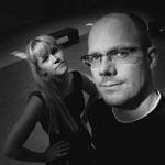 De nye værter på DR2 Premiere: Tea Lindeburg og Kasper Bering Liisberg