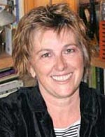 Angie Sage (f. 1952).