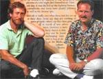 Steve Jackson og Ian Livingstone. Billedet er tydeligvis taget i deres skattely i Spanien, omkring midtfirserne.
